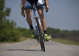cycling-655565_640.jpg