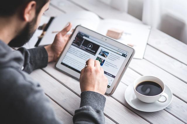 Les outils numériques utilisés par les associations en 2016