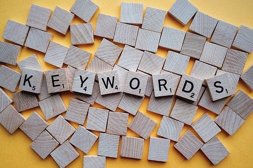 Comment choisir les mots clés pour ameliorer le référencement naturel d'une association ?