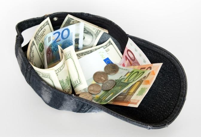 Quelles sont les réductions d'IR ou d'IS pour les dons de particuliers et d'entreprises aux associations ?